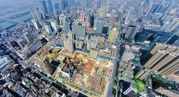 该局承建的湖南第一高楼九龙仓长沙国金中心于2015年